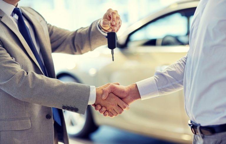 Noleggio auto a lungo termine per privati: Pro e Contro