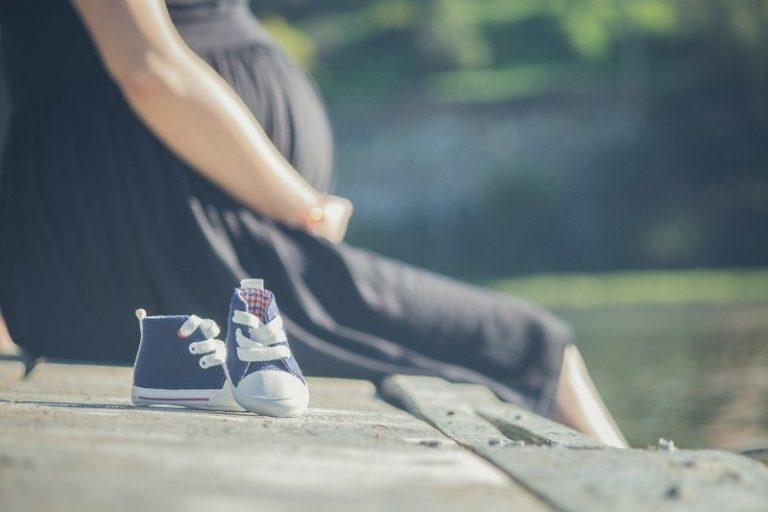 Cosa regalare a una futura mamma come portafortuna