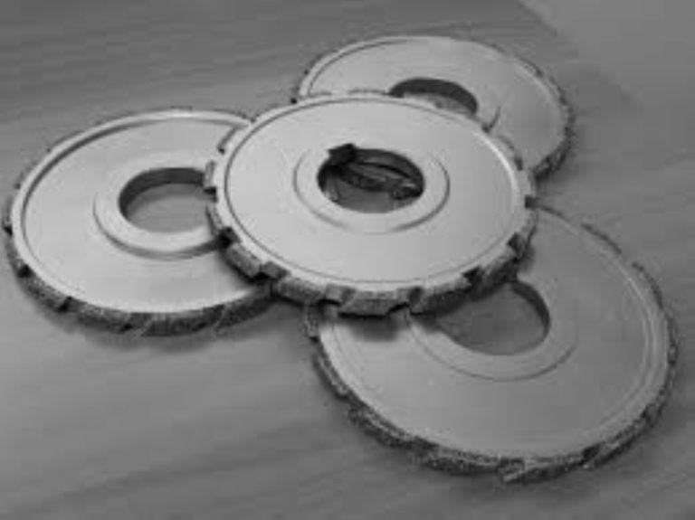Mole diamantate e dischi da taglio, quali sono i problemi più comuni e come lavorare in sicurezza